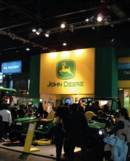 stands-johndeere